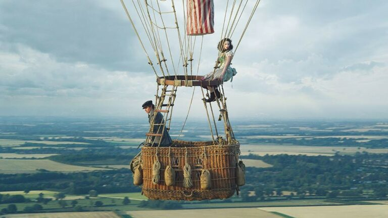 'Aeronauts' keeps its head in the clouds