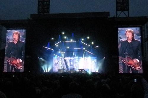 Photos & Review: Paul McCartney, AT&T Park, July 10, 2010