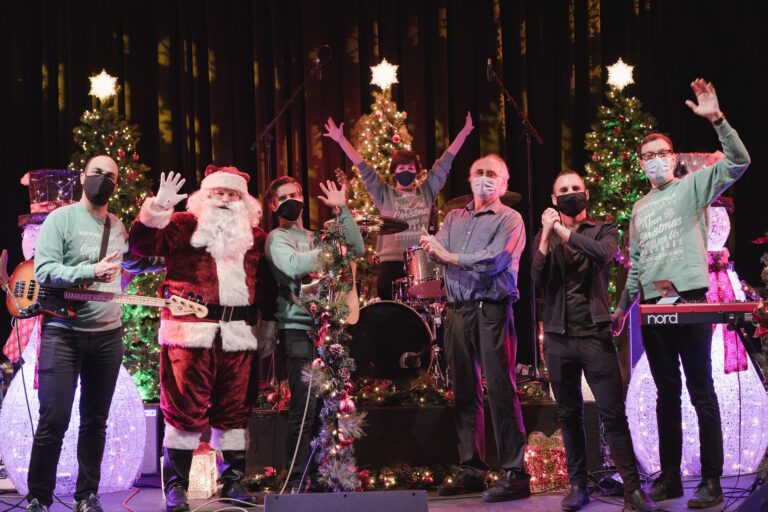 Sonoma County Christmas Concerts and Winter Festivals Make Music Online