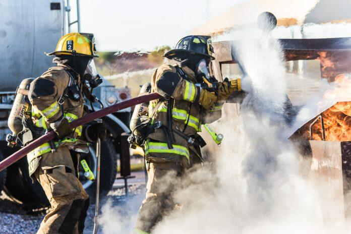 Firefighters - Matt Chesin/Unsplash